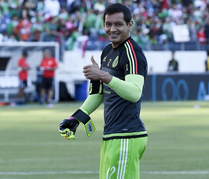Fútbol: jugadores de Chivas y de Tigres viajan con la selección mexicana