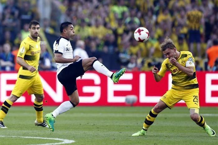 Fútbol: Borussia Dortmund apaga la ilusión de Marco Fabián y del Eintracht