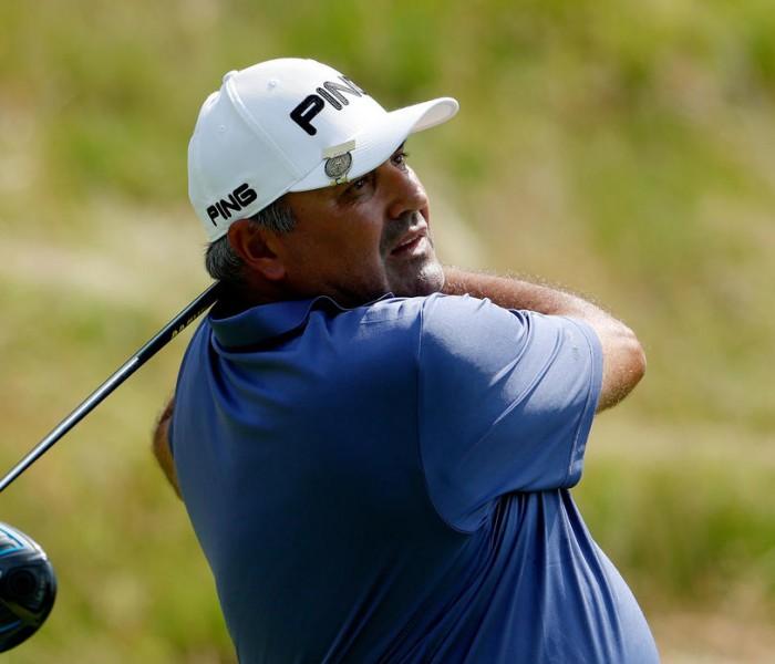 Golf: Dos estadounidenses y dos ingleses colideran el US Open