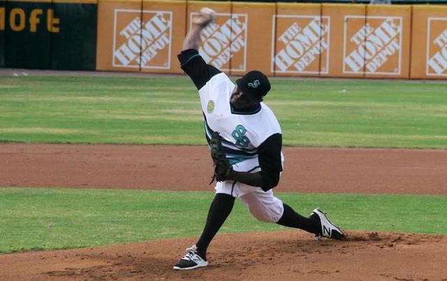 Beisbol, LMB: De La Cruz salió inspirado y Saraperos abre serie apaleando a Tigres