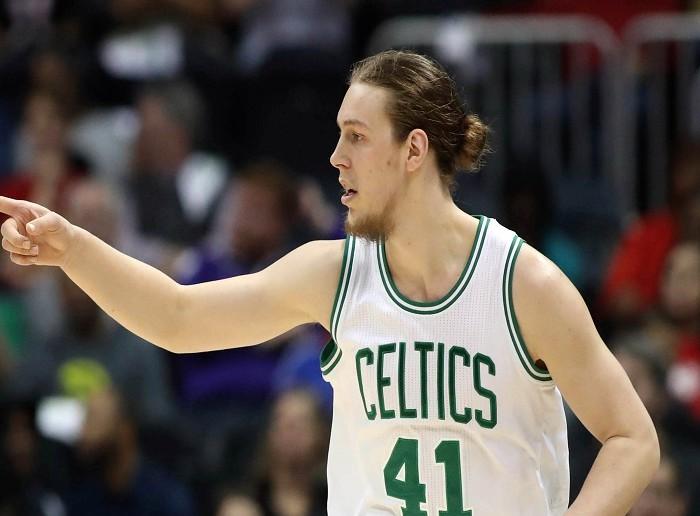 NBA, Baloncesto: Kelly Olynyk sale de Boston a Miami