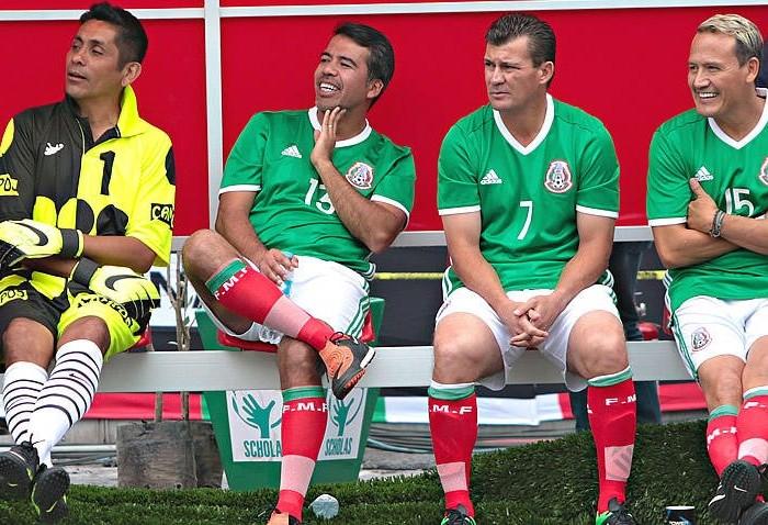 Fútbol: Pável Pardo pide coherencia en las críticas a Osorio