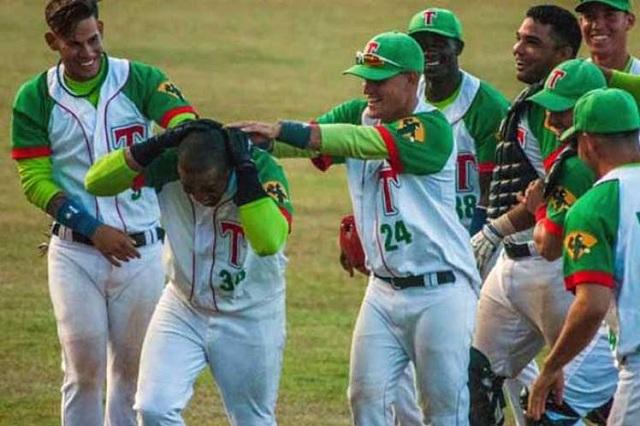 Beisbol, FCB: Las Tunas derrotó a Industriales para forzar el séptimo juego