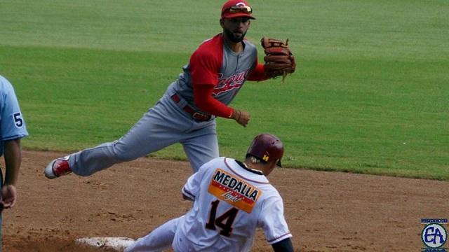 Beisbol, LBPRC: Criollos recupera la cima y es el primer finalista en Puerto Rico