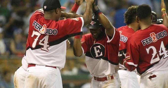 Beisbol, LIDOM: Leones del Escogido armó rally para sorprender a Tigres de Licey