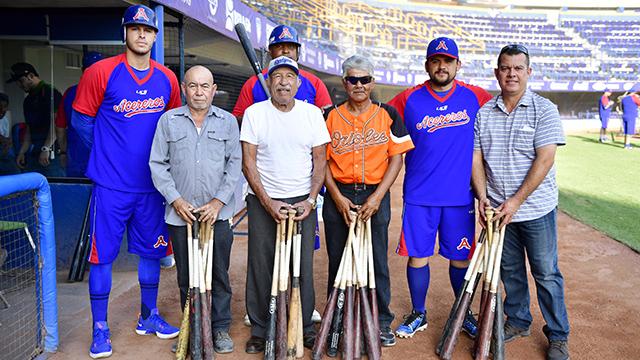 Beisbol, LMB: Acereros entrega bates a liga local