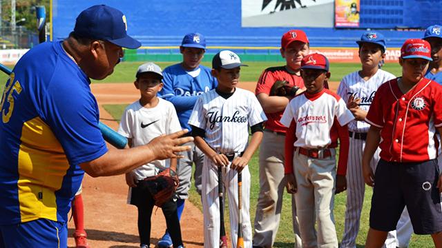 Beisbol, LMB: Un éxito la primera clínica impartida por Olmecas