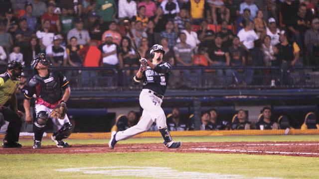 Beisbol, LMB: Sultanes remontó en la octava para superar a Rieleros