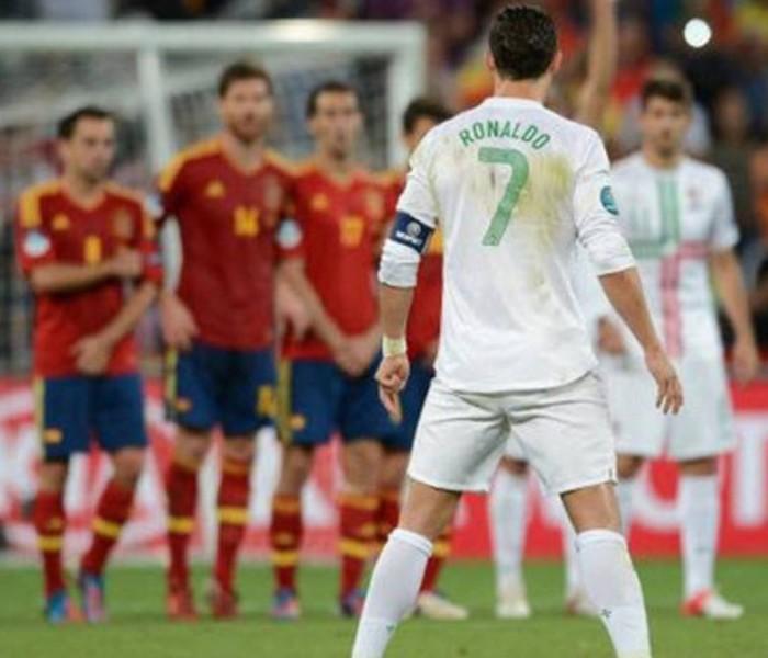 Fútbol: Portugal contra España, el duelo atractivo del segundo día de Mundial