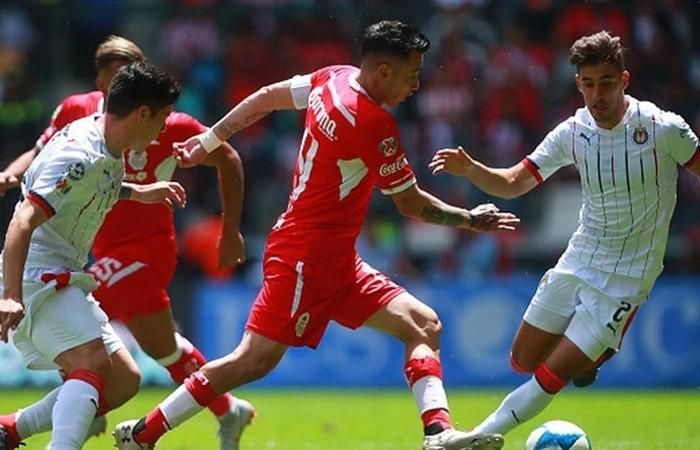 Fútbol: Toluca y Chivas brindaron un espectacular empate