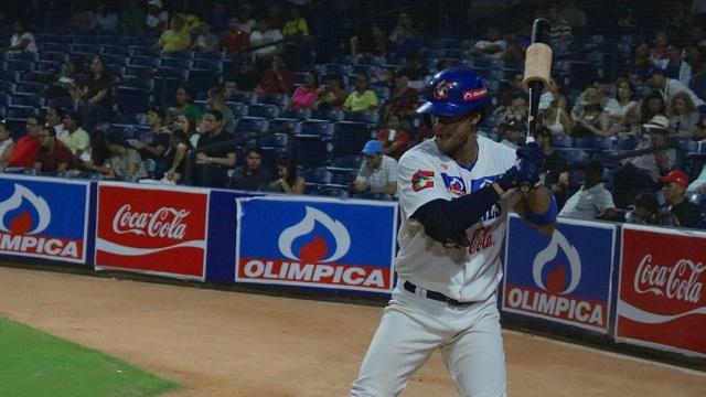 Beisbol, LCBP: Erick Julio y Charlie Mirabal comandan paliza sauria