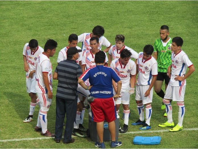 Fútbol, Liga Premier: Sporting Canamy regresa a la actividad