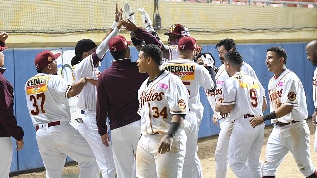 Beisbol, LBPRC: Indios se quedó con el primer lugar y Carolina clasificó
