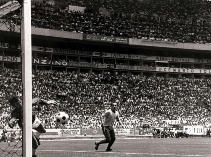Fútbol: Fallece la leyenda inglesa Gordon Banks, autor de la atajada del siglo en México 70