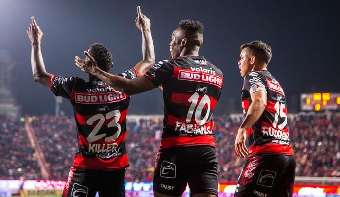 Fútbol: Xolos ladró y goleó al Puebla para meterse a Liguilla