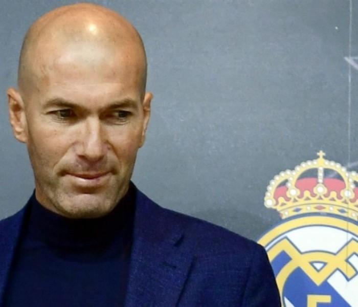 Fútbol: Zidane regresa al banquillo del Real Madrid