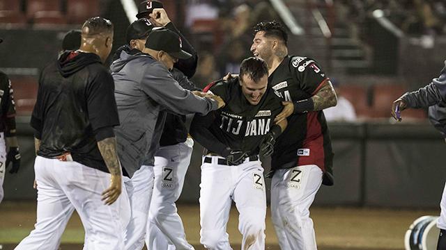 Beisbol, LMB: Con bombazo de Watkins, Toros aseguró la serie