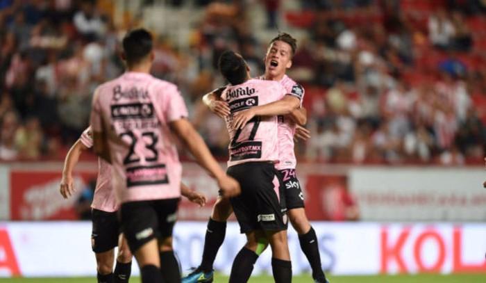 Fútbol: Brian Fernández no jugaría la liguilla con Necaxa