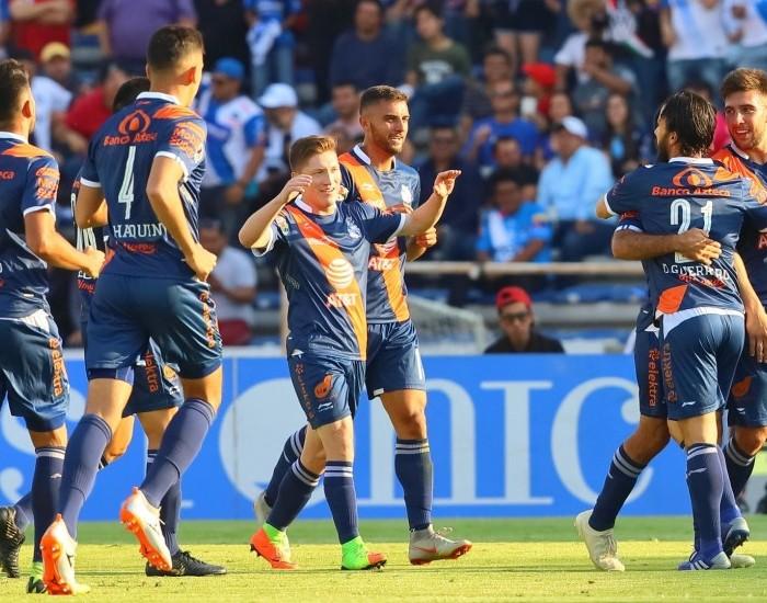 Fútbol: Puebla golea a Lobos BUAP para subir a posiciones de liguilla