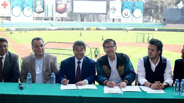 Beisbol, LMB: Pericos de Puebla y Casa Puebla Nueva York firman alianza pro-migrantes