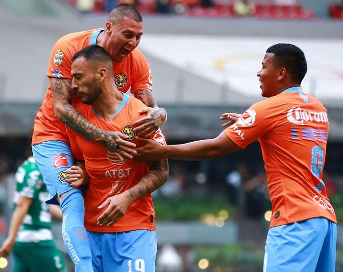 Fútbol: América despeja las dudas al ganarle a Santos
