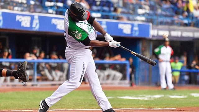 Beisbol, LMB: Chris Carter, 15° en la historia de LMB en alcanzar 40 Home Runs