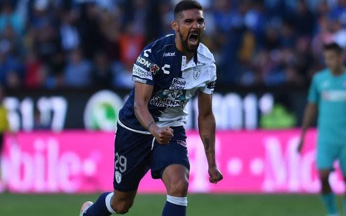 Futbol: Franco Jara hace historia en Pachuca