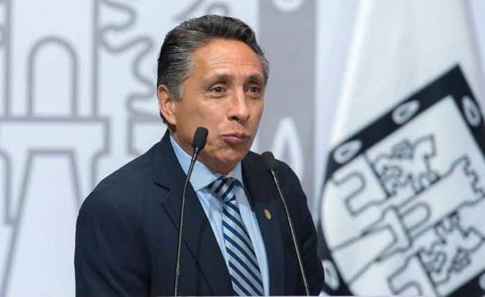 Coronavirus: Manuel Negrete, ex mundialista y alcalde de Coyocán, dio positivo a COVID-19<br>