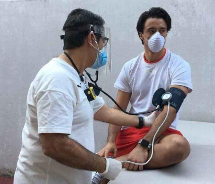 Fútbol: Jugadores de Chivas llegaron a Verde Valle para estudios de COVID-19