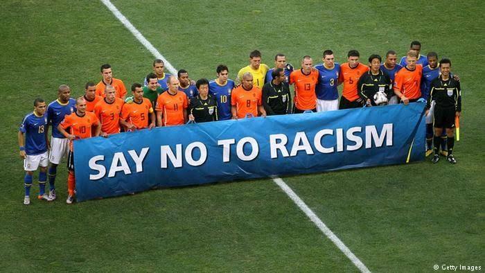 Cuando te importa poco el racismo… FIFA invierte más en museos