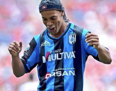 Ronaldinho felicita al Club Querétaro por su 70 aniversario