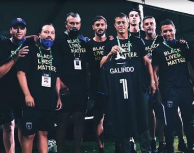 Almeyda y San Jose le hacen homenaje al maestro Galindo