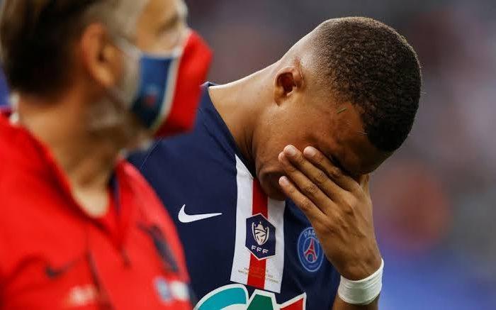 Mbappé queda fuera de la Champions por lesión