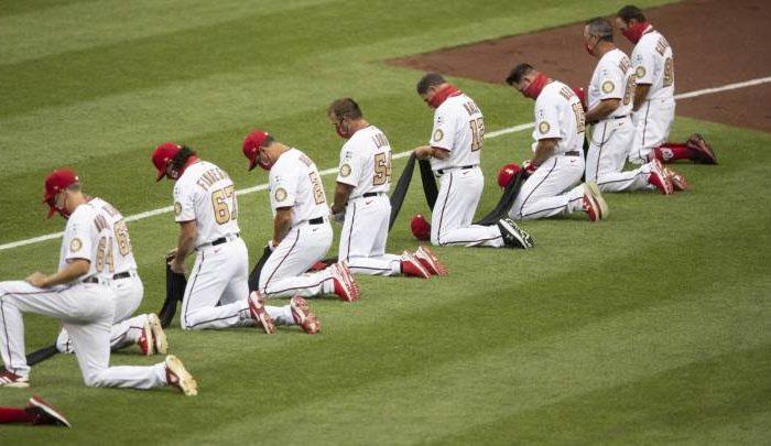 MLB: Jugadores se arrodillan en forma de protesta contra el racismo