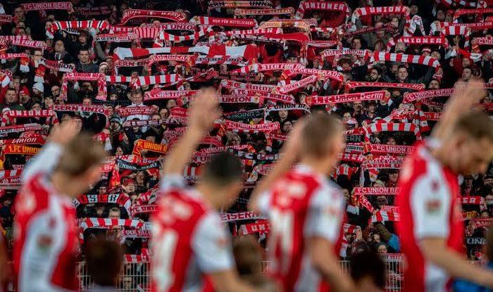 La Bundesliga podría regresar con público en las gradas