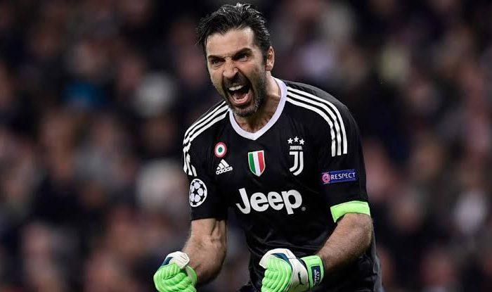 ¡HISTÓRICO!, Gianluigi Buffon es el jugador con más partidos en la Serie A.