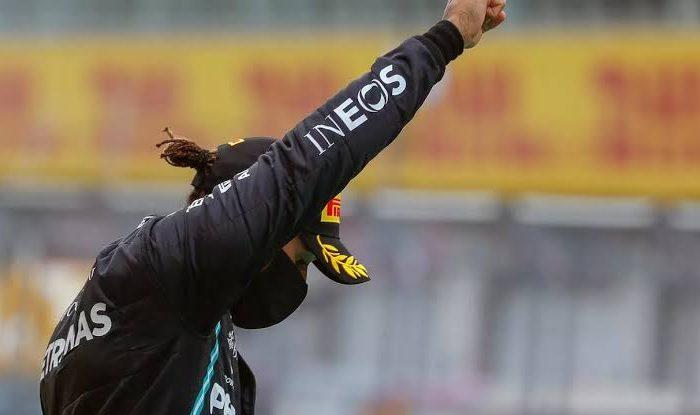 Hamilton critica a Ferrari por no apoyar la causa contra el racismo