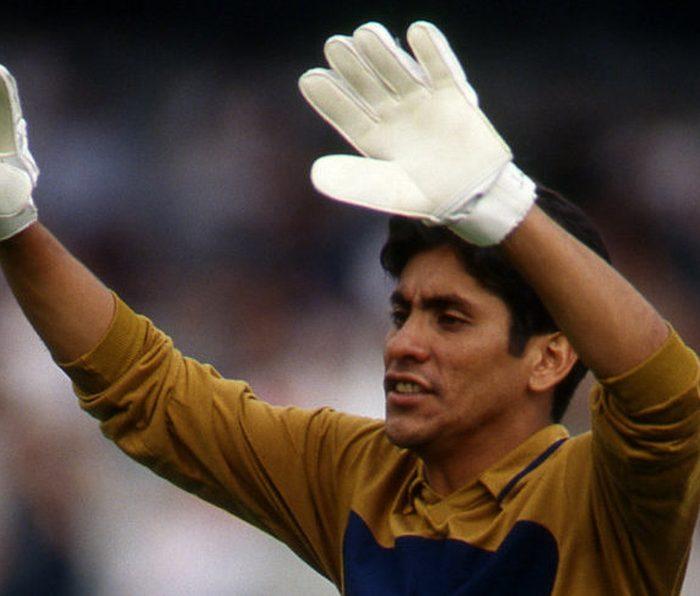 Denle chance… Jorge Campos pide ser técnico de Pumas