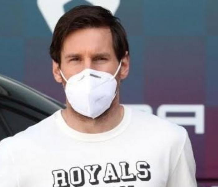 Messi se protege del coronavirus hasta en la cama
