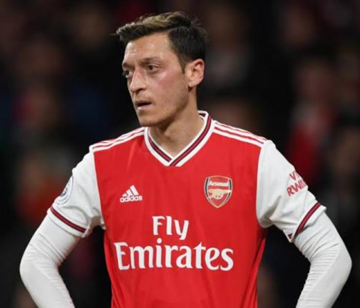 "Arsenal: Özil ""Es difícil estar al 100 si no sabes si serás elegido"""