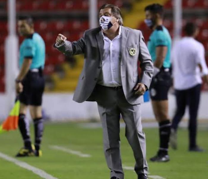 #FueraPiojo: ¿Tendrá los días contados Miguel Herrera en Coapa?