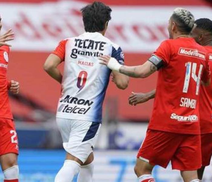 Chivas intentó pero no pudo, Toluca fue el más atinado y logró la victoria
