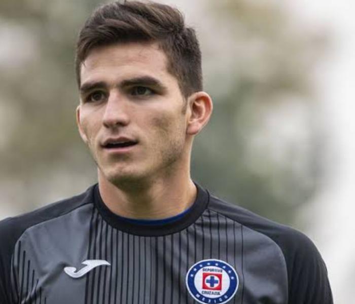 Cruz Azul: Regresa Jurado, solo falta Pablo Aguilar para tener equipo completo