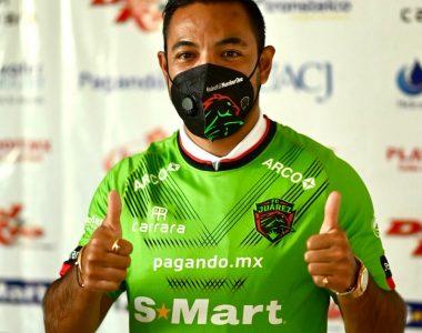 Con la cola entre las patas… Marco Fabián es presentado en Juárez