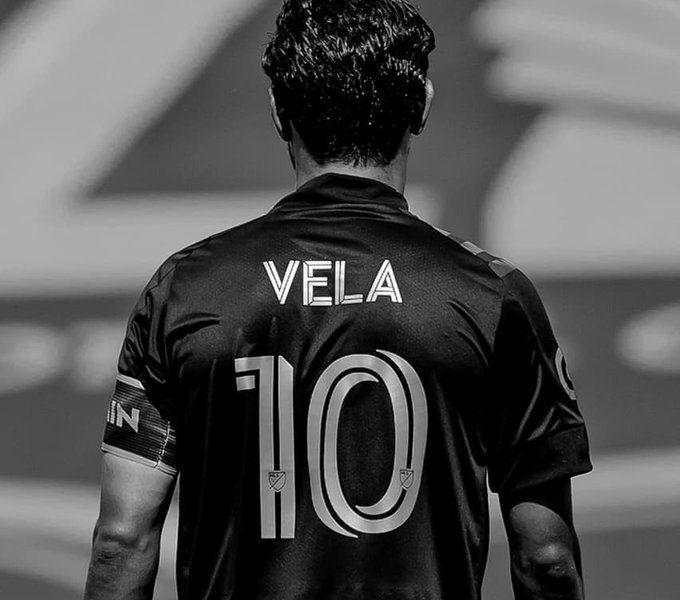 Carlos Vela se lesiono en el Clásico del Tráfico