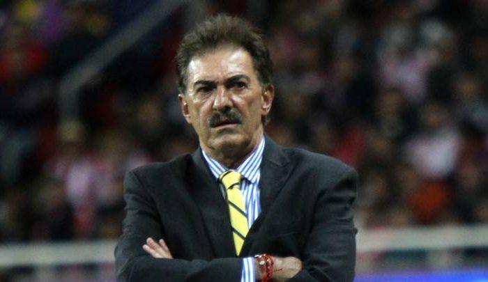 Ricardo La Volpe salió a su defensa