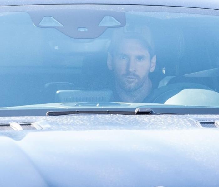 Barcelona: Messi se presenta al entrenamiento