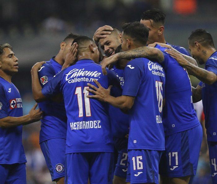 Cruz Azul con 4 positivos a Covid-19 previo al Guardianes 2021