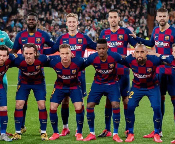 Barcelona endeudado por fichajes