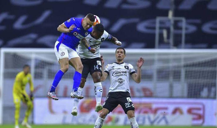 Cruz Azul gana 4-1 frente al Querétaro